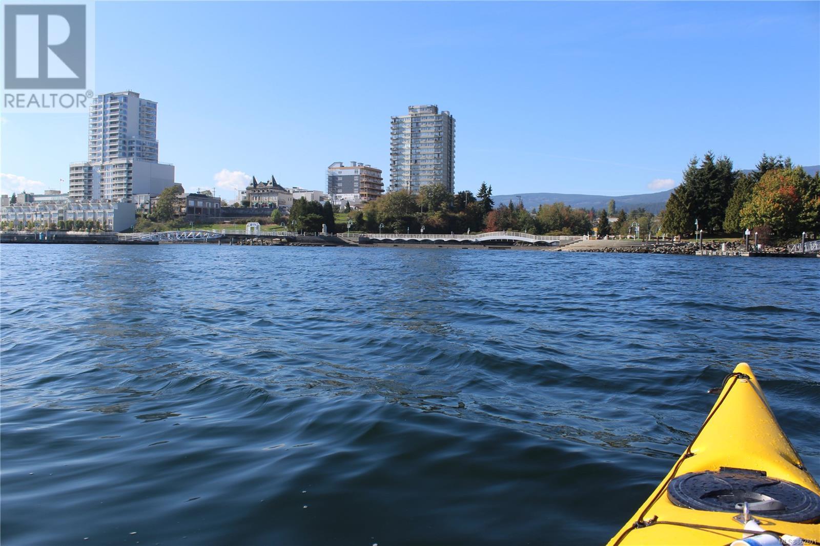 203 150 Promenade Dr, Nanaimo, British Columbia  V9R 6M6 - Photo 27 - 862801