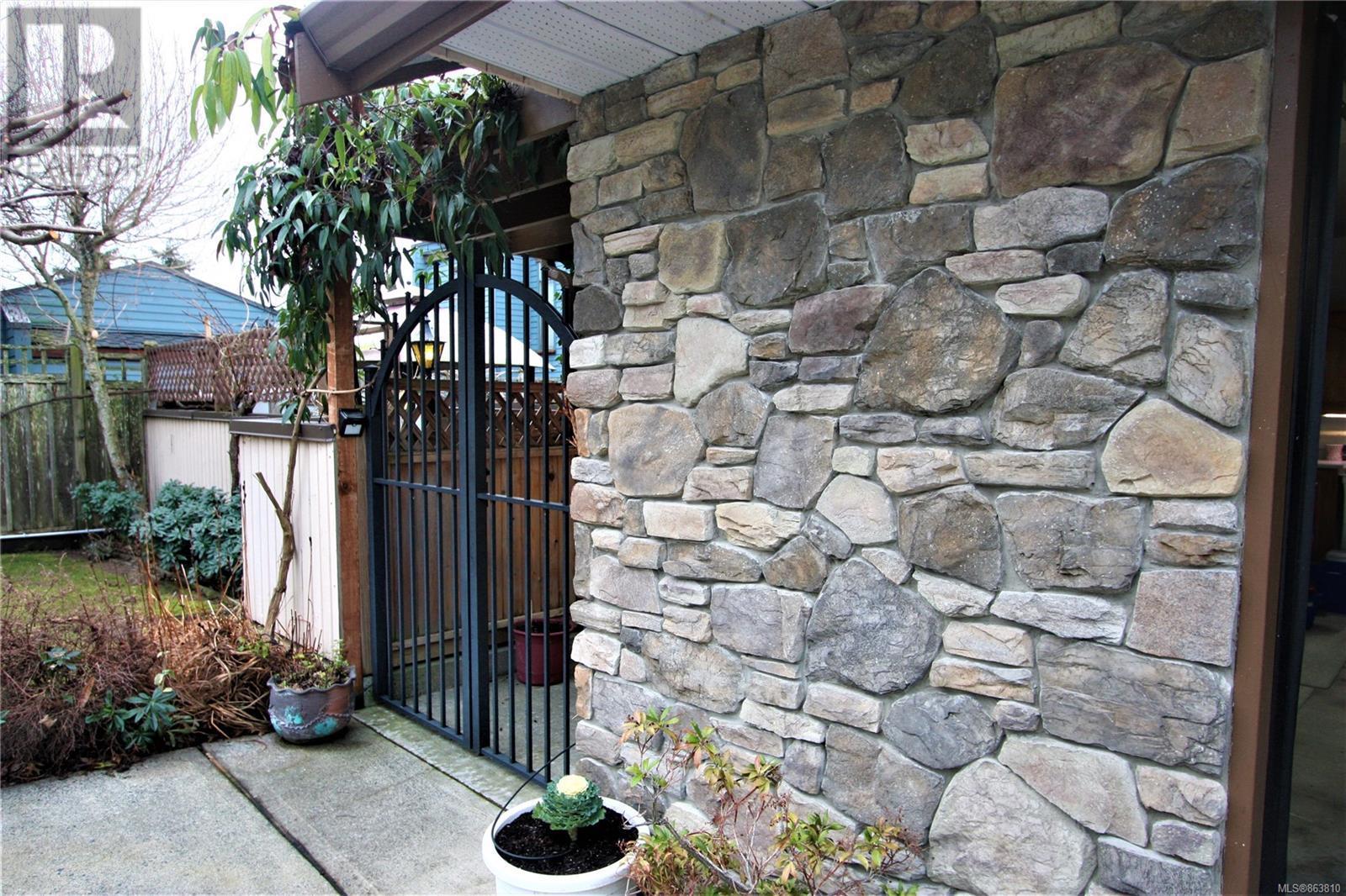 4942 Fillinger Cres, Nanaimo, British Columbia  V9V 1H9 - Photo 15 - 863810