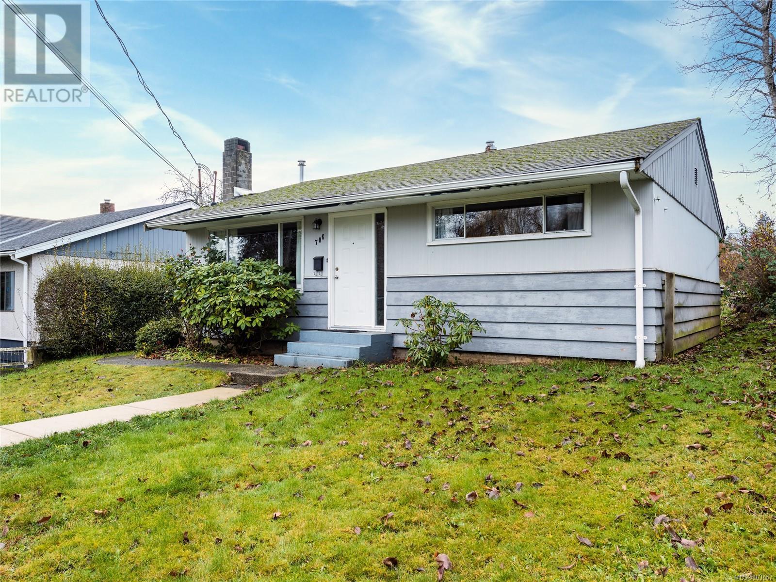706 Victoria Rd, Nanaimo, British Columbia  V9R 4R5 - Photo 1 - 863857
