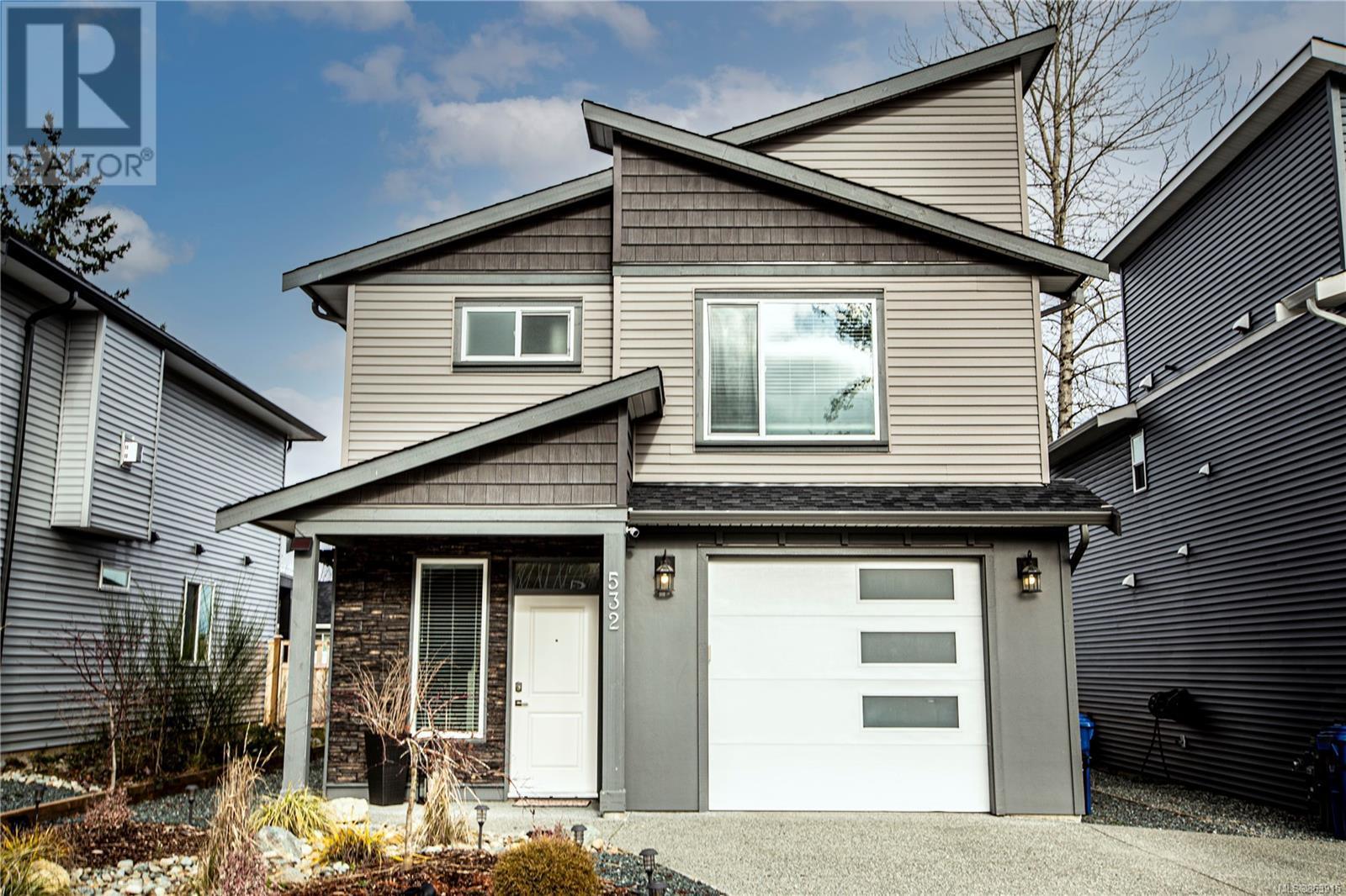 532 Grewal Pl, Nanaimo, British Columbia  V9R 0H8 - Photo 1 - 863915
